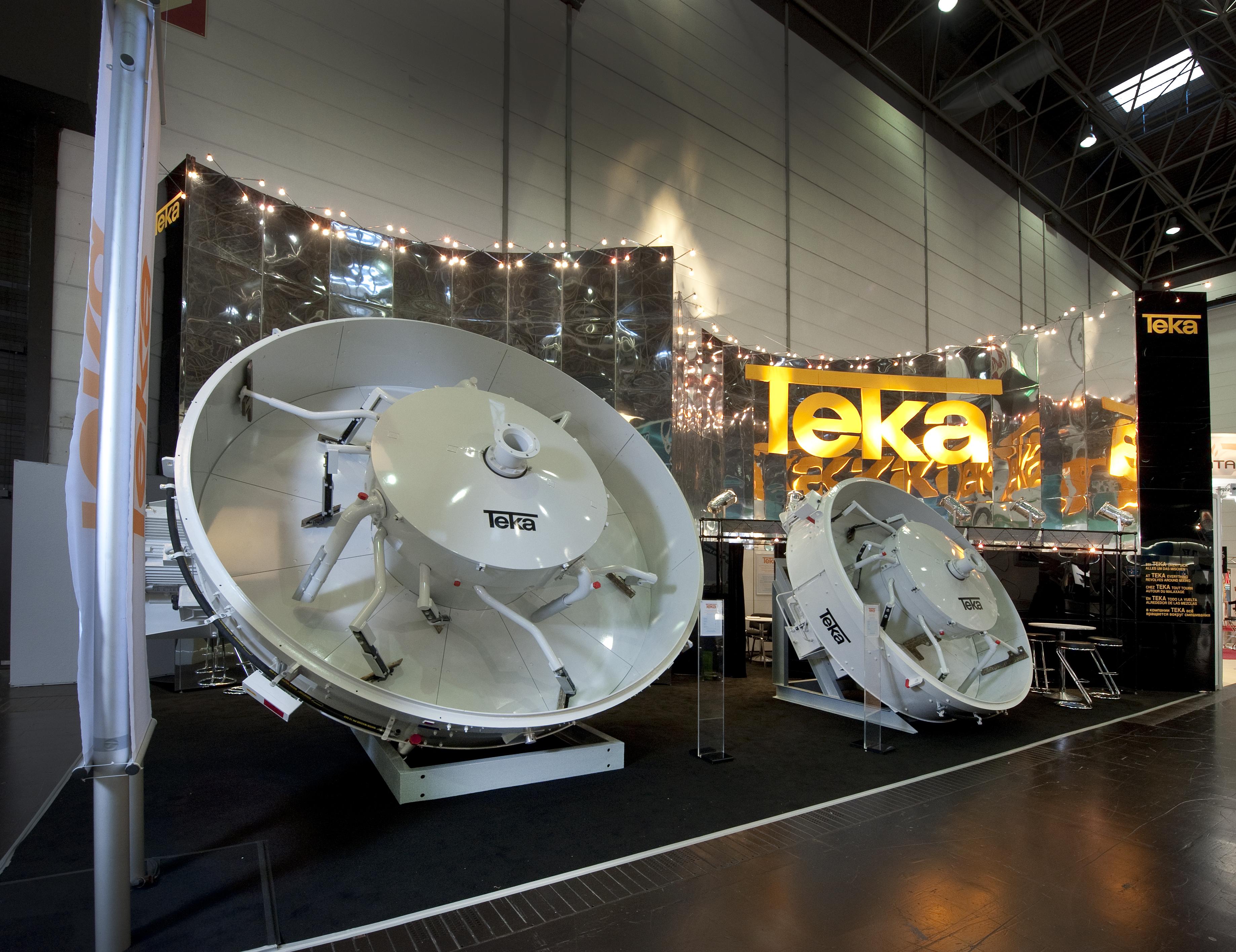 TEKA Glass Batch Mixer Exhibition